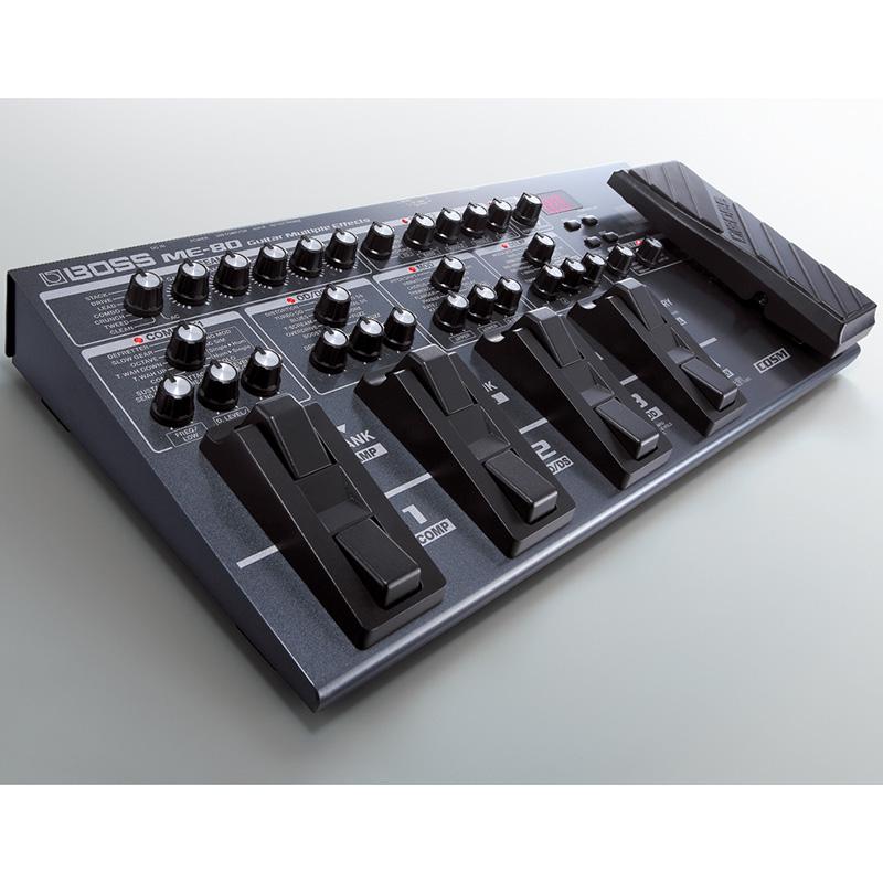 Boss ME-80 gitarski procesor