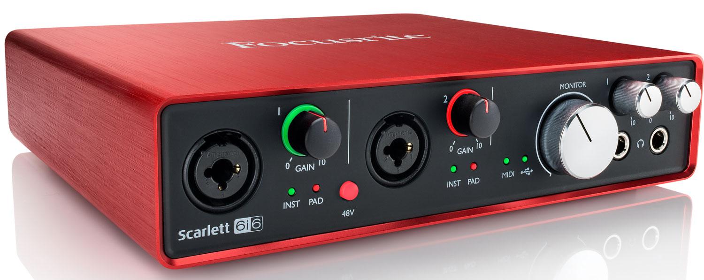 Focusrite Scarlett 6i6 audio interfejs