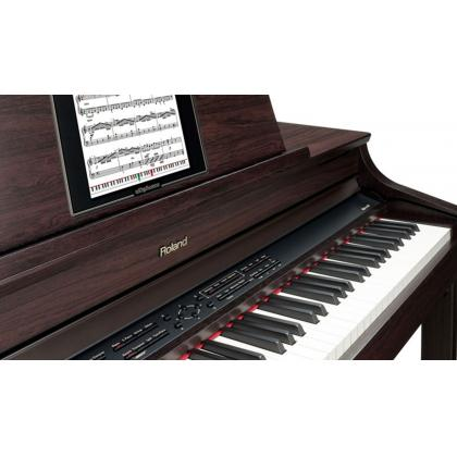 5 razloga zašto je električni klavir praktičniji od pianina