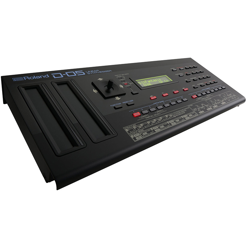 Roland D-05 linear synthesizer (boutique series)