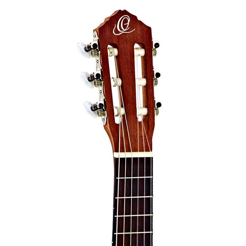 Ortega RGL5C guitarlele